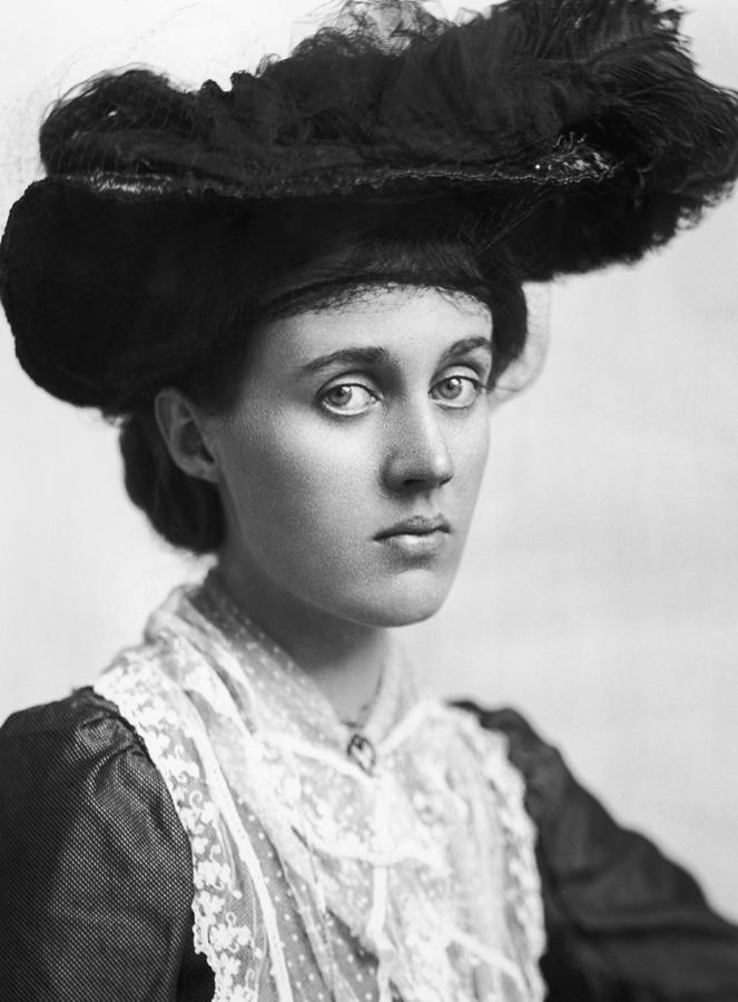 Vanessa Bell Photograph by George C. Beresford