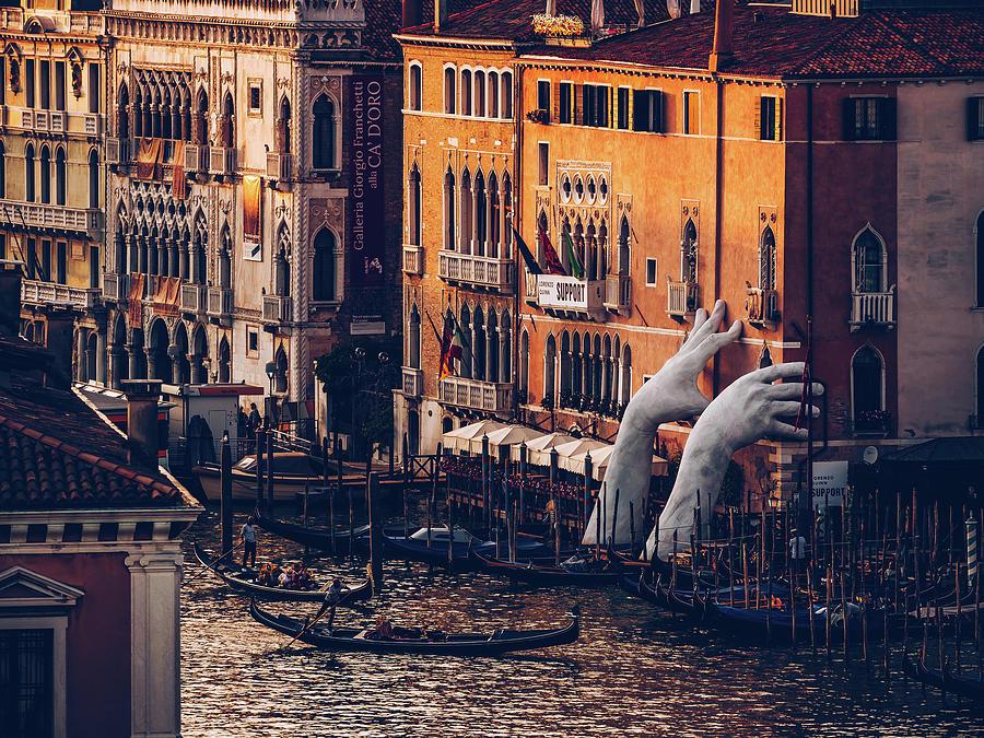 Venice - Canal Grande - Support by Alexander Voss