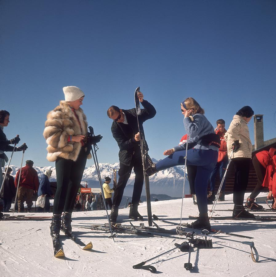 Verbier Skiers Photograph by Slim Aarons