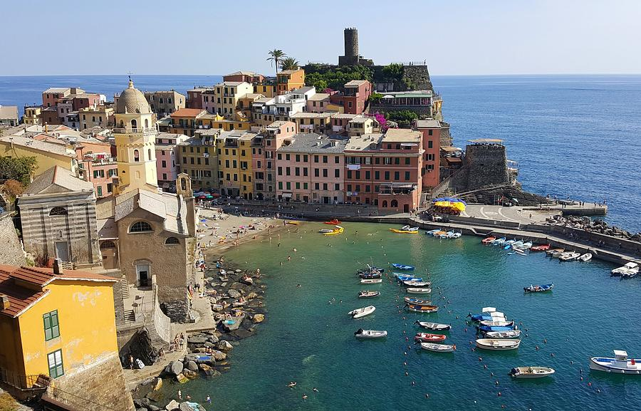 Vernazza by Peter Mathios