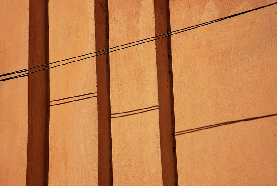 Vertical Vs Diagonal Lines by Prakash Ghai