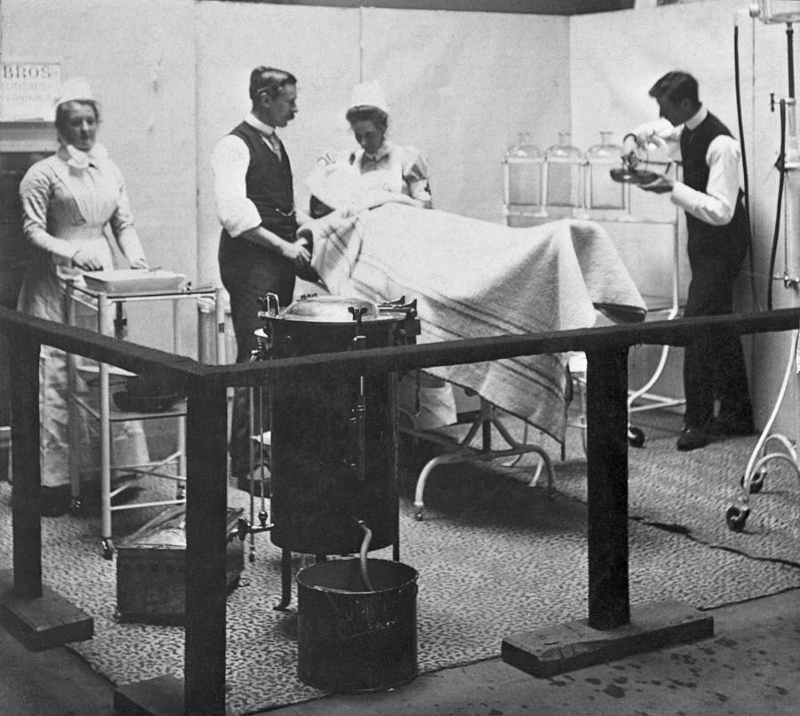 Victorian Surgery Photograph by Hulton Archive