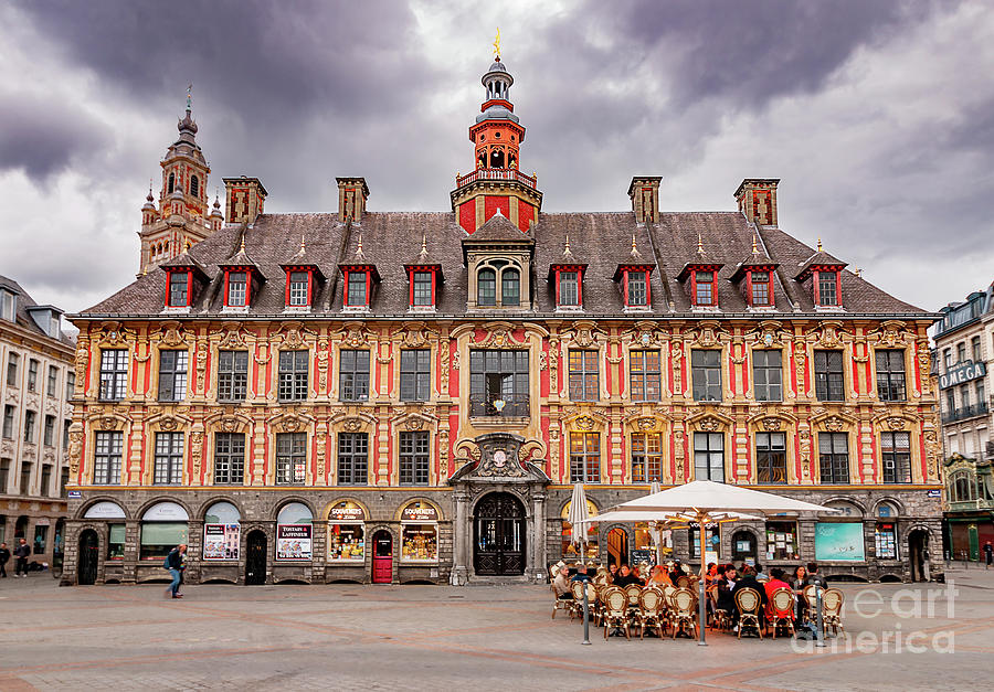 Vieille Bourse Lile by Paul Hennell