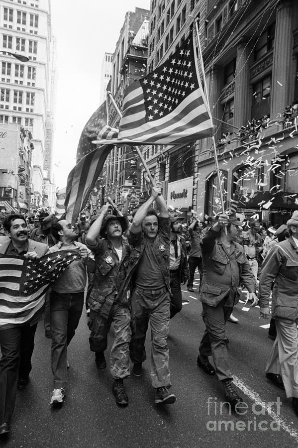 Vietnam Veterans Parade On Broadway Photograph by Bettmann