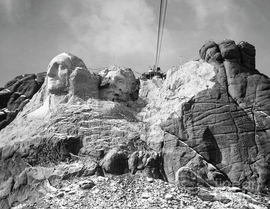 View Of Mount Rushmore In Progress Photograph by Bettmann