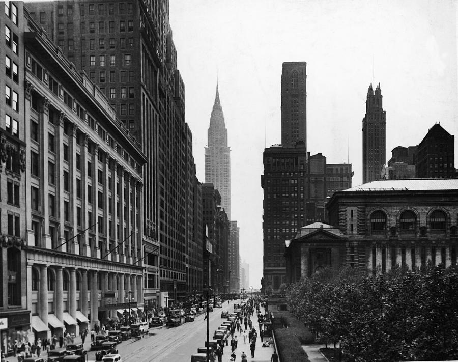 View Of West 42nd Street Photograph by Hulton Archive