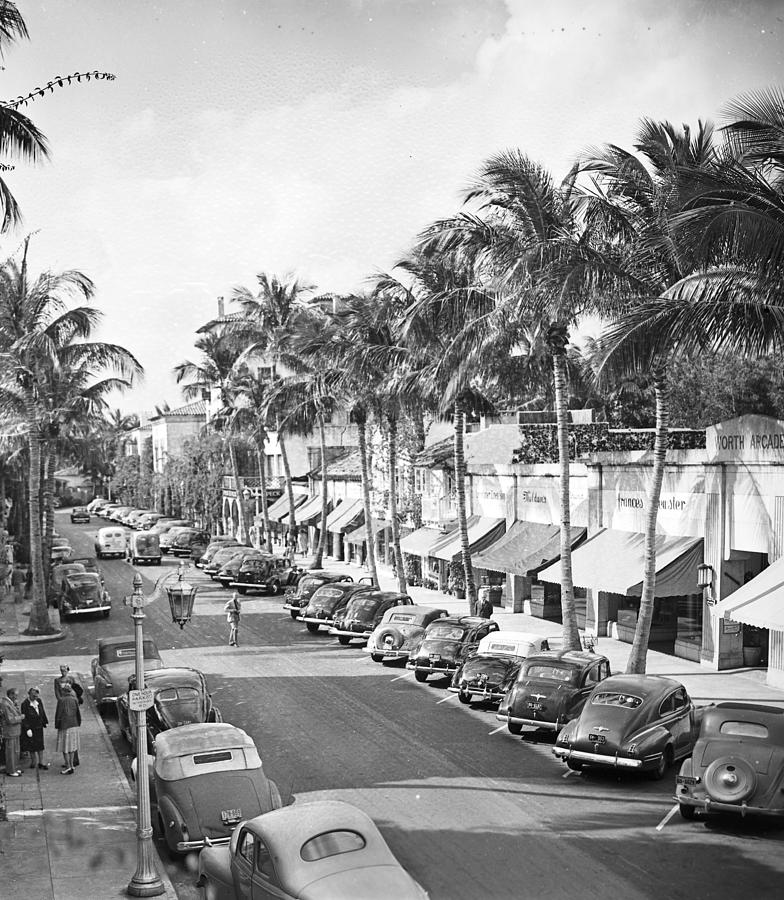 View Of Worth Avenue Photograph by Bert Morgan
