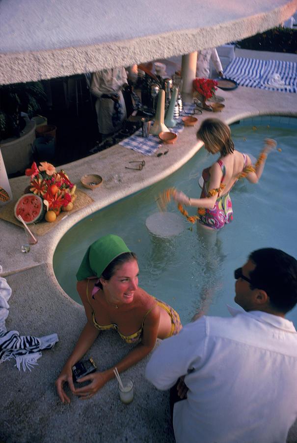 Young Men Photograph - Villa Vera Pool Bar by Slim Aarons