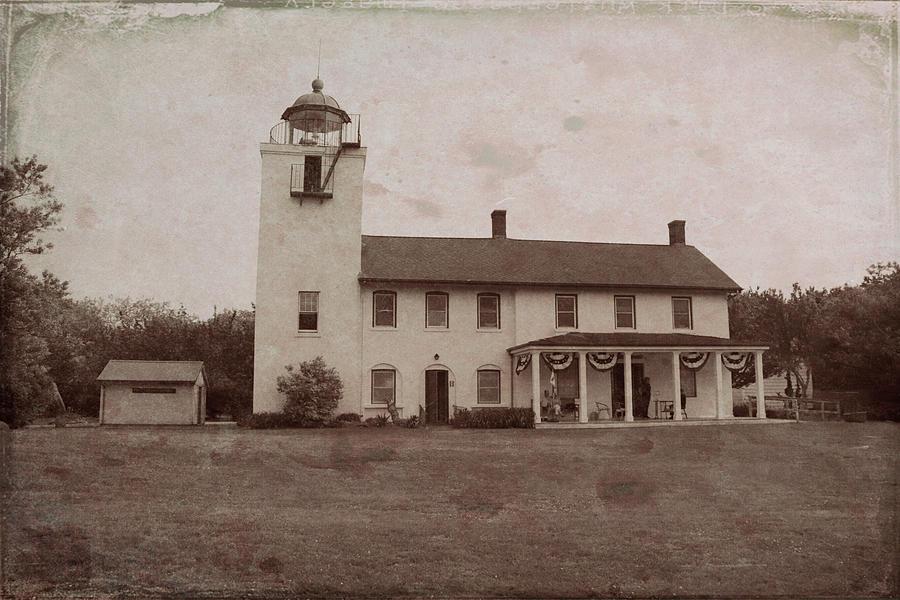 Vintage Horton's Point Lighthouse by Karen Silvestri