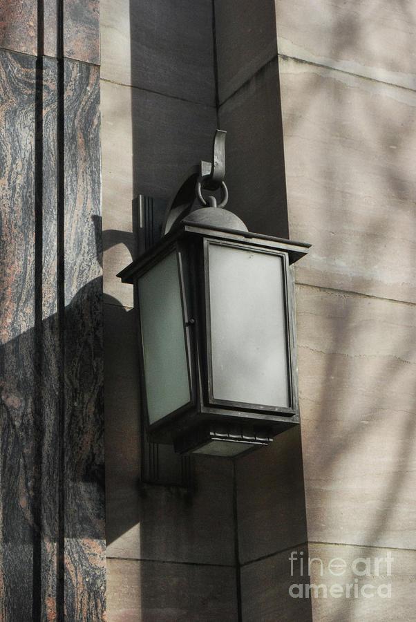 Knoxville Digital Art - Vintage Lamp by Phil Perkins