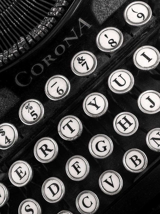 Vintage Letters by Carol Eade