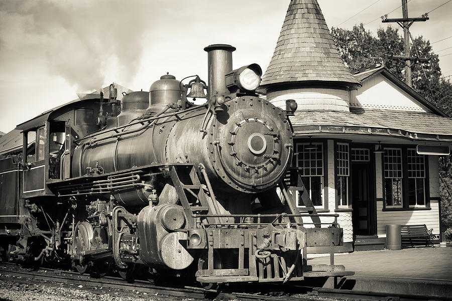Vintage Steam Engine At Historic Train Photograph by Ryasick