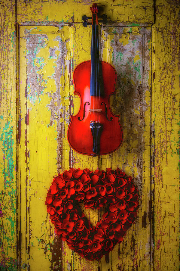 Color Photograph - Violin And Heart Wreath by Garry Gay