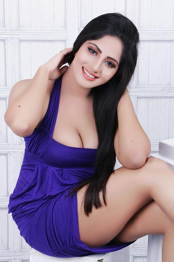 Roshni indian escort