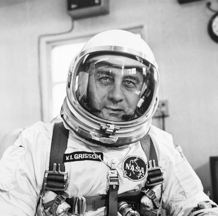 Virgil Grissom In Spacesuitheadshoulder Photograph by Bettmann