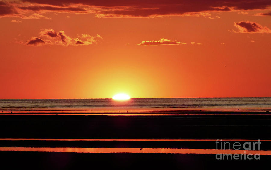 Vivid Low Tide Sunset 300 Photograph