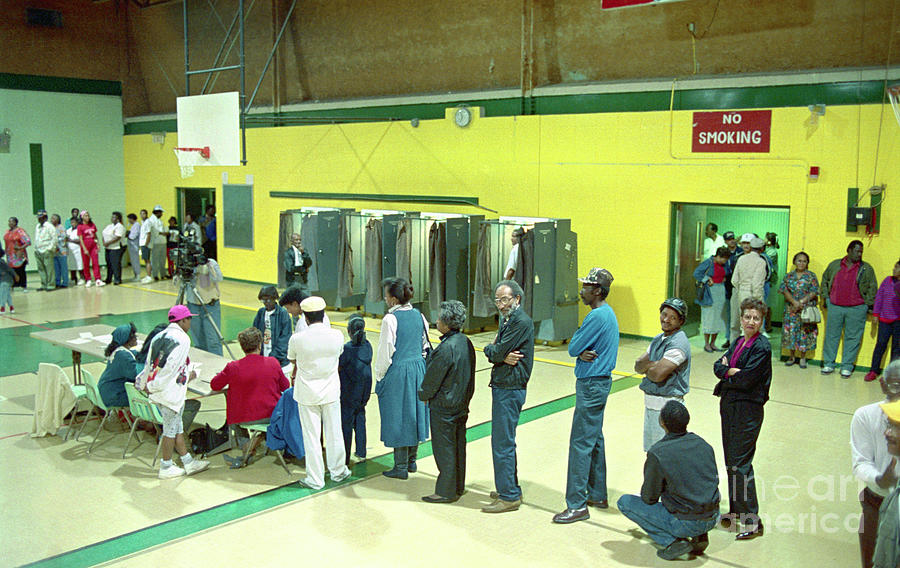 Voters Waiting To Cast Ballots In Baton Photograph by Bettmann
