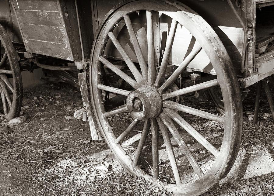 Wagon Wheel 2 by Michael Chatt