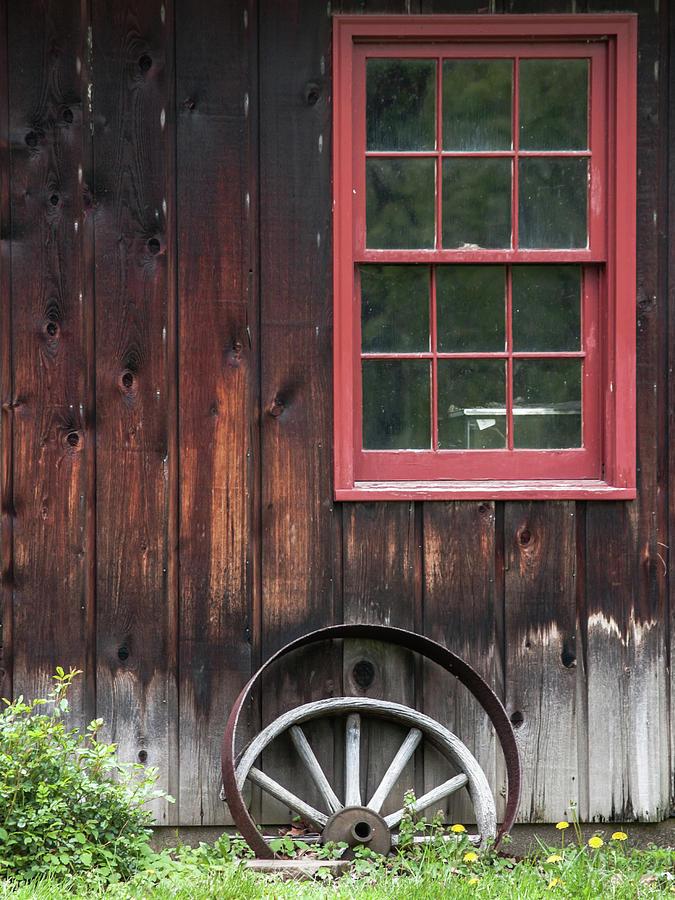wagon wheel by Stewart Helberg