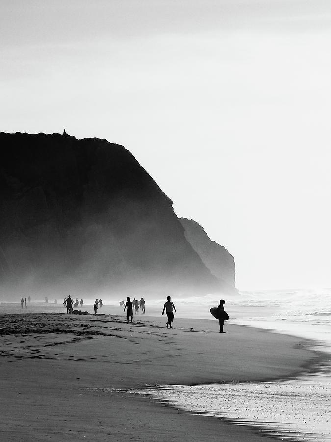 Waiting For Wave Photograph by Daniel Kulinski
