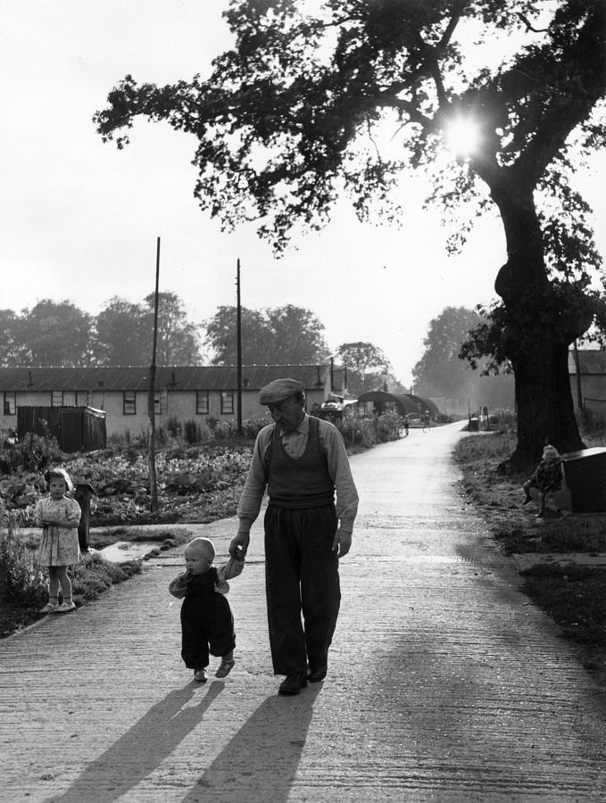Walking In Sunshine Photograph by Bert Hardy