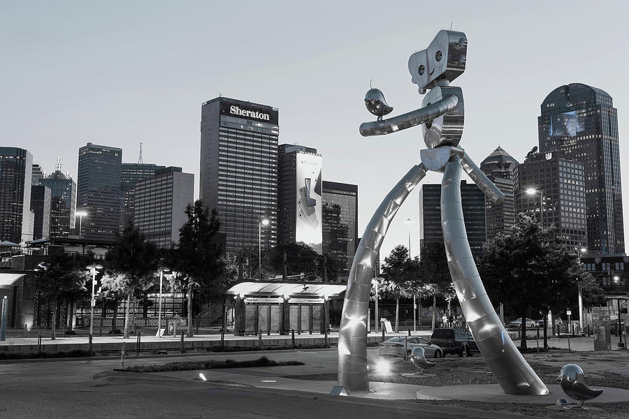 Walking Tall dallas Texas 071419 by Rospotte Photography