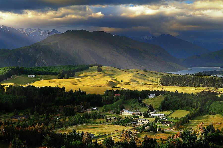 Wanaka, New Zealand Photograph by Atomiczen