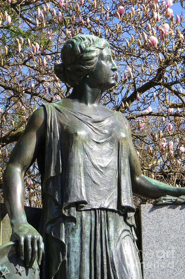 Warren Harding memorial by Frank Townsley