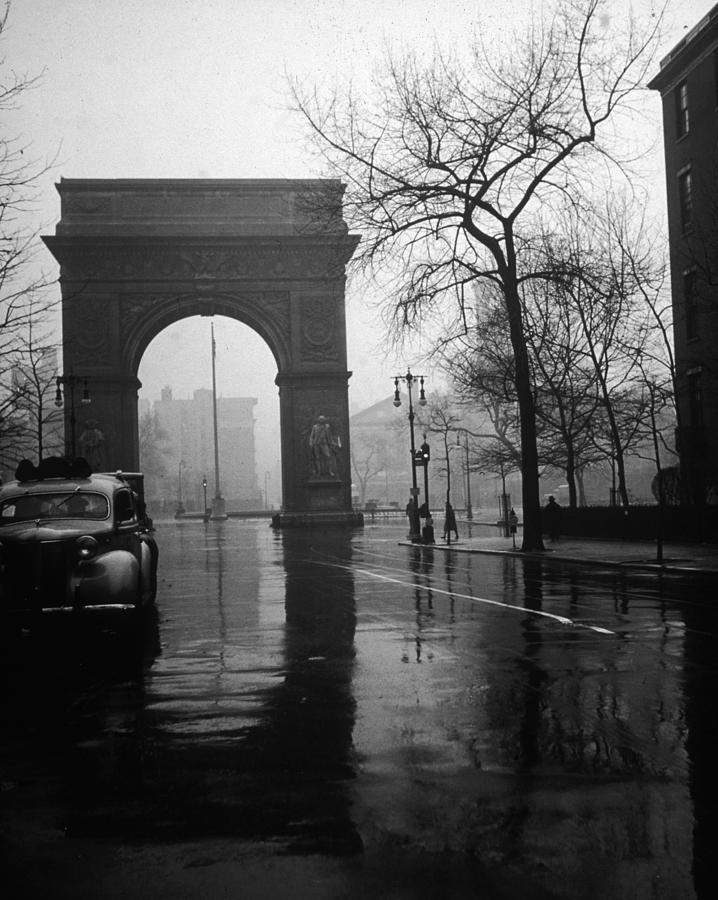 Washington Arch Photograph by Henry Bowden