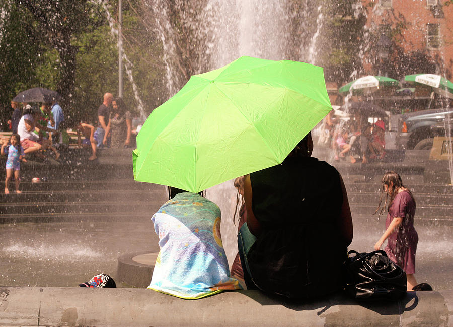 Washington Square Park Fountain by Ann Murphy