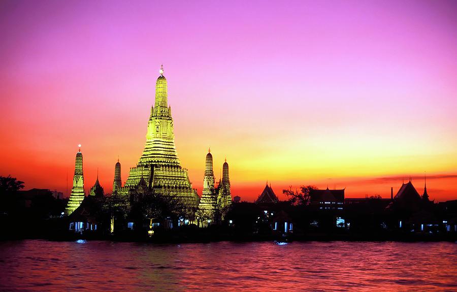 Wat Arun Temple Bangkok Thailand Photograph by Laughingmango