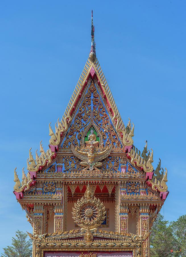 Wat Kanthararom Phra Ubosot Gable DTHSSK0037 by Gerry Gantt