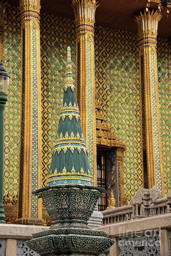 Wat Phra Kaew in Bangkok by Bob Phillips