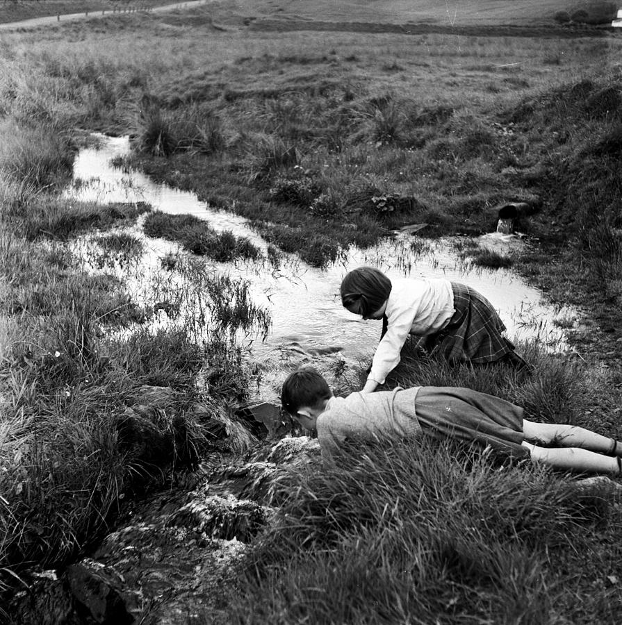Water Babies Photograph by Bert Hardy
