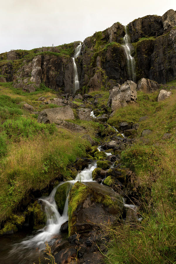 Waterfalls and streams in seydisfjordur by RicardMN Photography