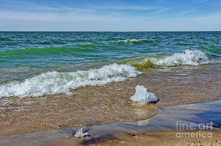 Waves Heading To A Beach by Sue Smith