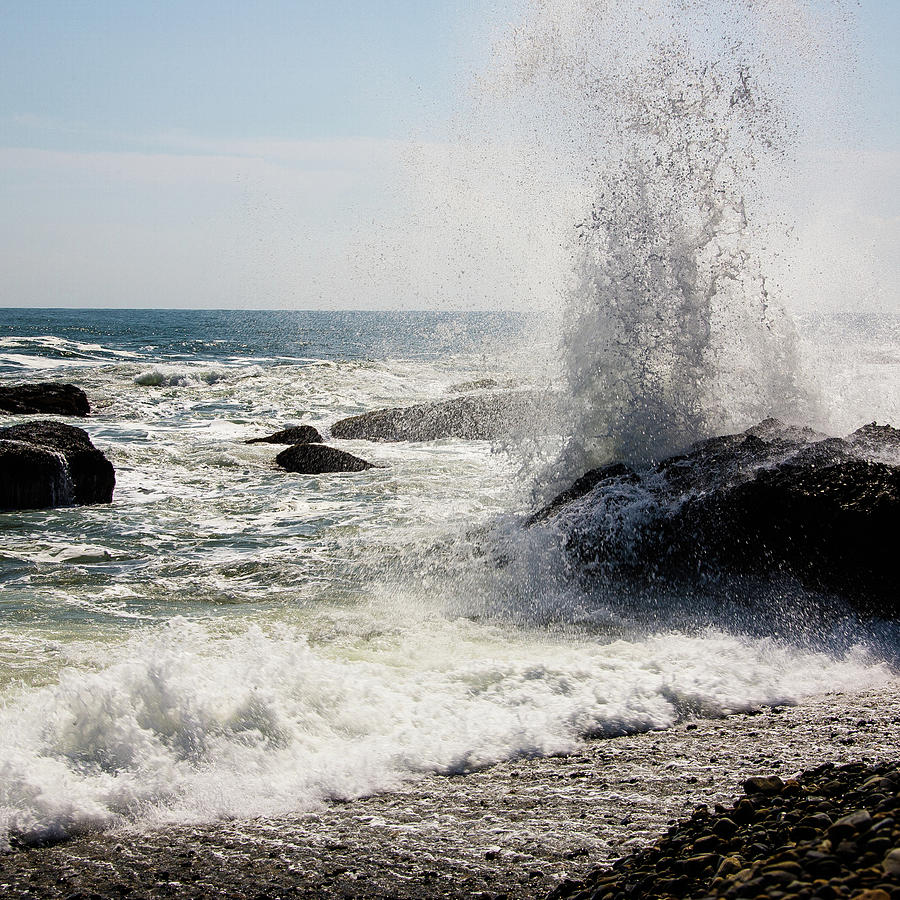 Waves Photograph by Lona Photography