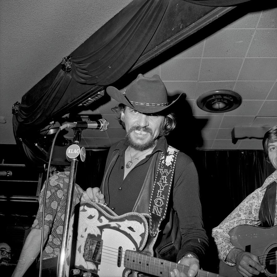 Waylon Jennings At The Palomino Photograph by Michael Ochs Archives