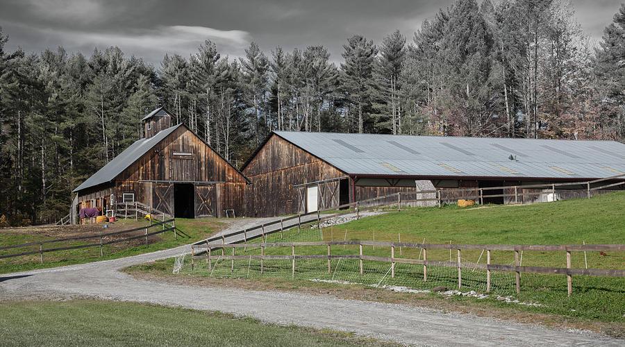 Weathered Barn in Vermont by Cliff Wassmann