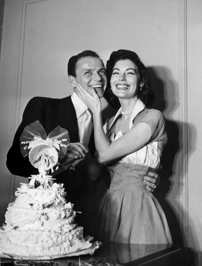 Wedded Bliss Photograph by Hulton Archive