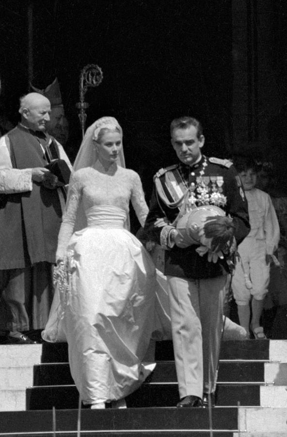 Wedding Of Prince Rainier And Grace Photograph by Keystone-france