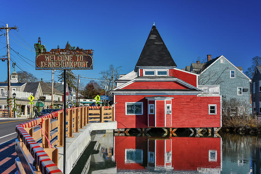 Welcome to Kennebunkport by Guy Whiteley