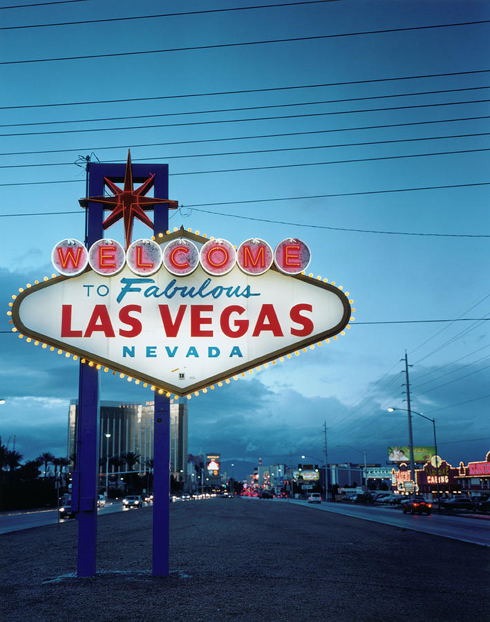Welcome To Las Vegas Sign Photograph by Silvia Otte