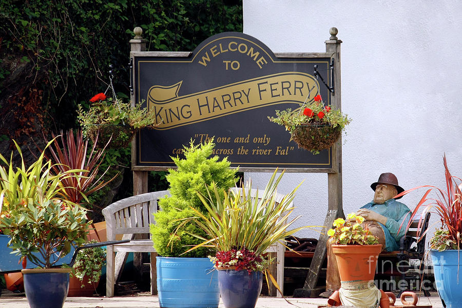 Welcome To The King Harry Ferry Photograph