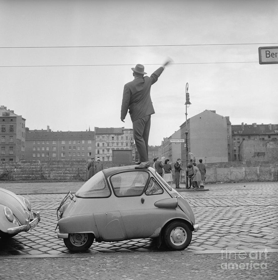 West Berliner Waving To East Berliners Photograph by Bettmann