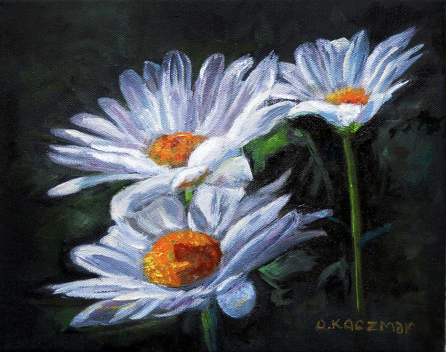 White Daisies by Olga Kaczmar