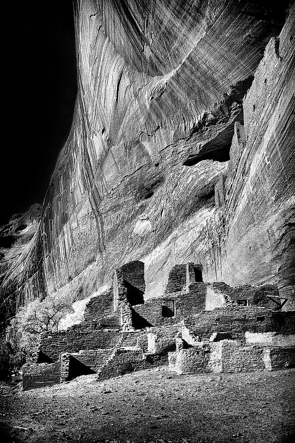 White Room House Ruins at Canyon de Chelly by Paul W Faust - Impressions of Light