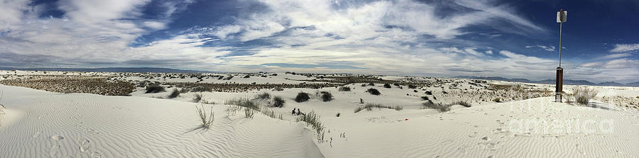 White Sands National Park by Leslie M Browning