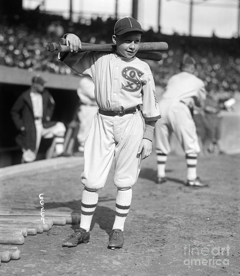 White Sox Bat Boy At World Series Photograph by Bettmann