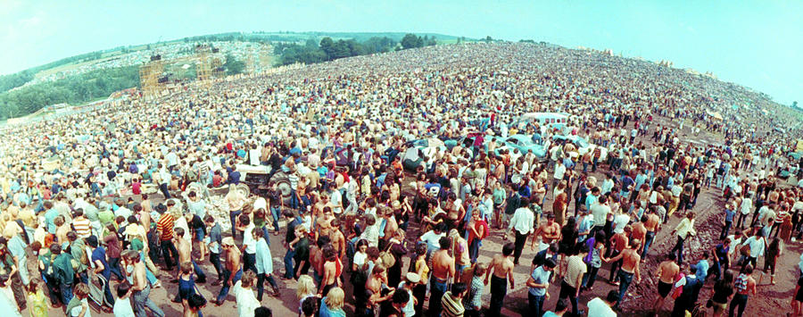 Wide-angle Overall Of Huge Crowd Facing Photograph by John Dominis